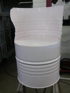 barrelstoel geschilderd